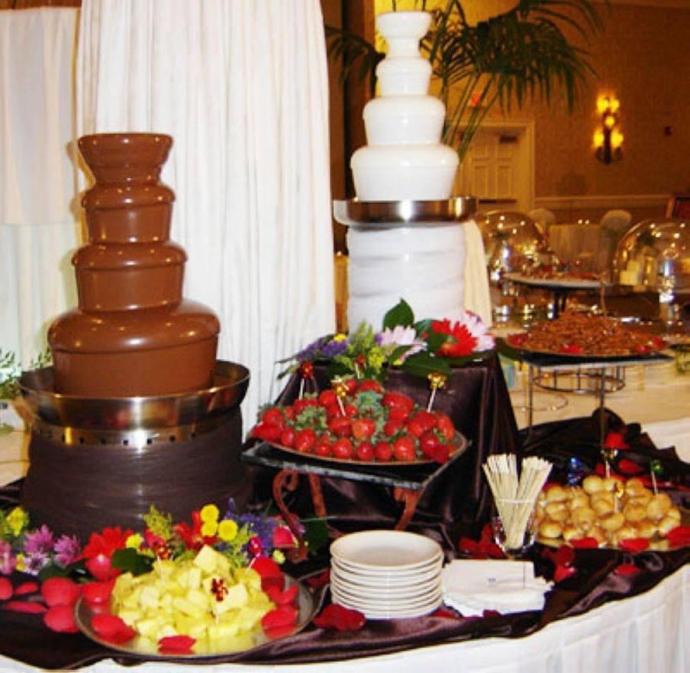 Шоколадный фонтан на свадьбу: реки наслаждения - nashasvadba.net |