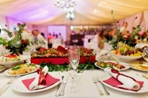 Расчет безалкогольных напитков на свадьбу в зависимости от количества гостей