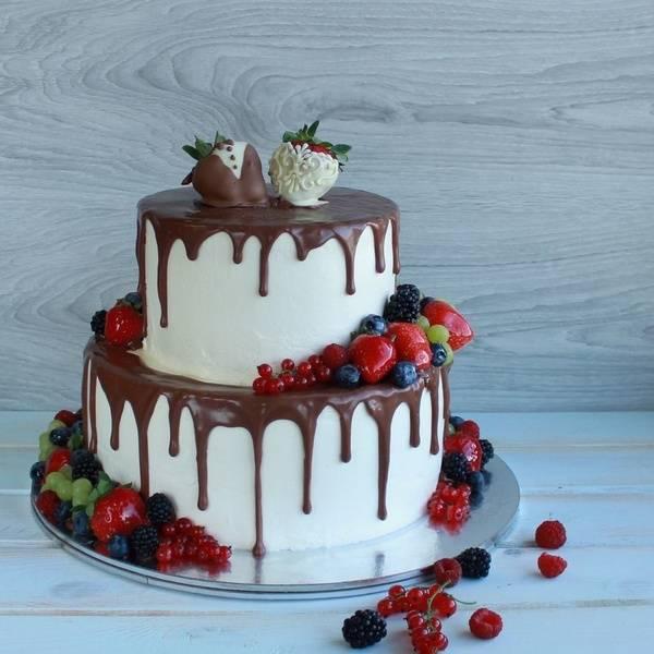 Как правильно рассчитать торт на свадьбу