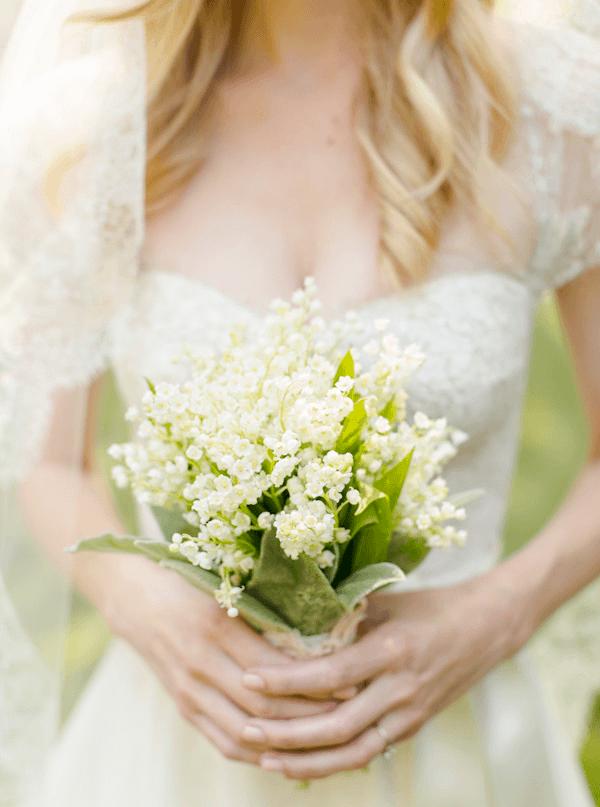 Букет невесты из искусственных цветов (68 фото): как сделать свадебный букет своими руками в технике канзаши?