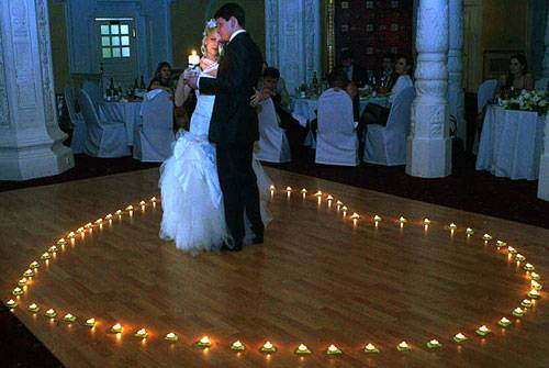 Свадебная музыка: советы по выбору и примеры композиций для церемонии, танца и клипа