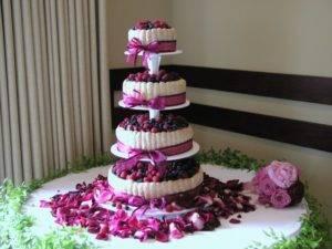 Свадебные трехъярусные торты – фото