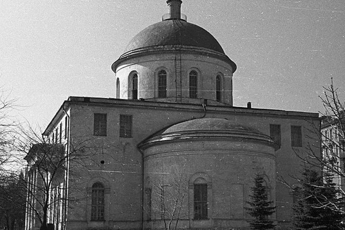 Как проходит и сколько длится обряд венчания в православной церкви в россии?
