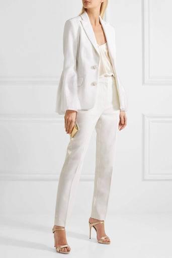 Бельевой стиль в одежде (52 фото): мода на платья-комбинации, как и с чем носить этот тренд, мода 2020, актуальные модные тенденции