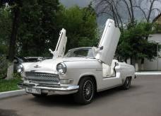 Свадебный автомобиль-карета