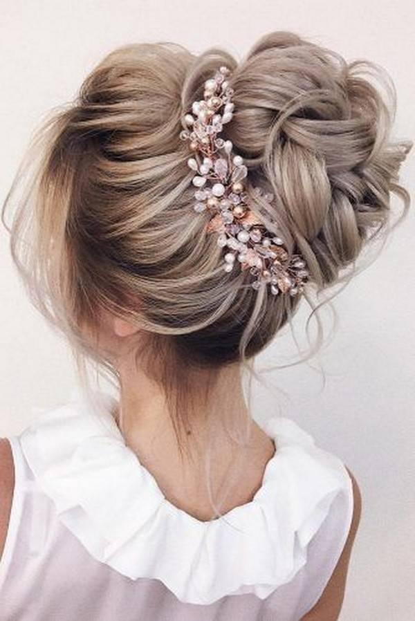 Свадебные прически с диадемой на длинные, средние, короткие волосы (с фото, видео) | женский журнал читать онлайн: стильные стрижки, новинки в мире моды, советы по уходу