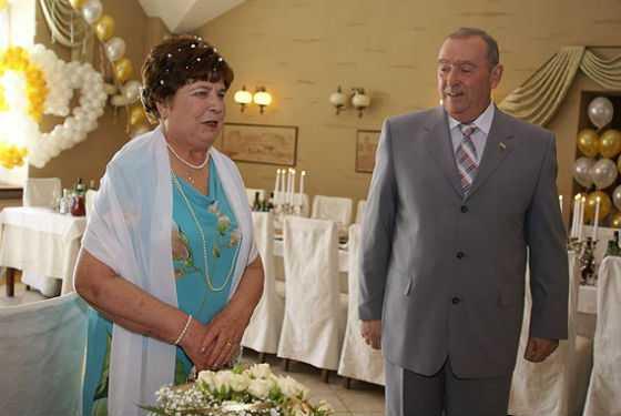 Сценарий золотой свадьбы - 50 лет в браке | podelki-doma.ru