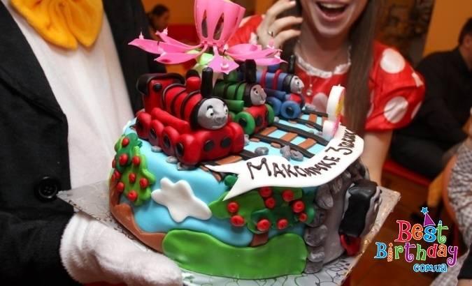 Самые красивые торты на юбилей — фото идеи оформления и декора тортов