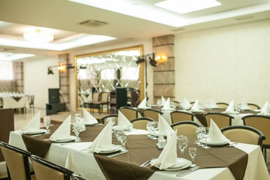 Идеальный свадебный банкет: секреты общения с ресторанами