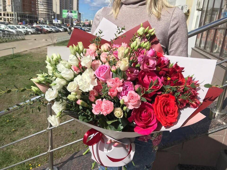 Что подарить на свадьбу вместо цветов