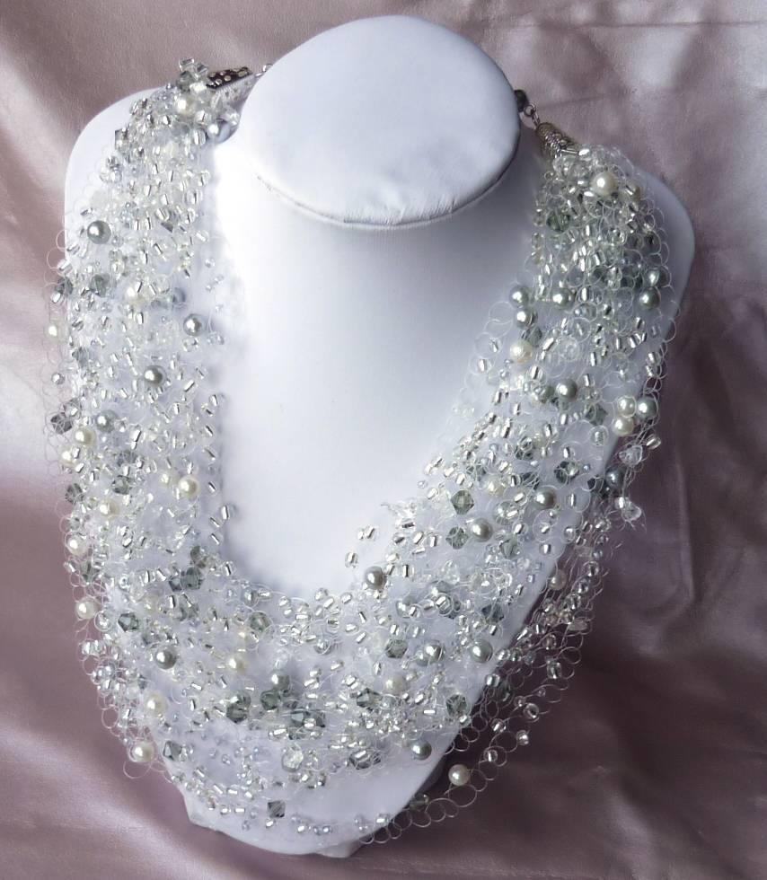 Колье из бисера и бусин  плетение ожерелья и бус, бисероплетение изделий
