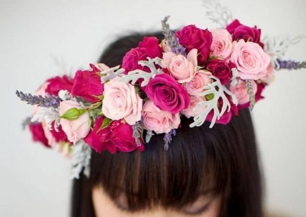 Как сделать венок из цветов: создаем оригинальные украшения своими руками