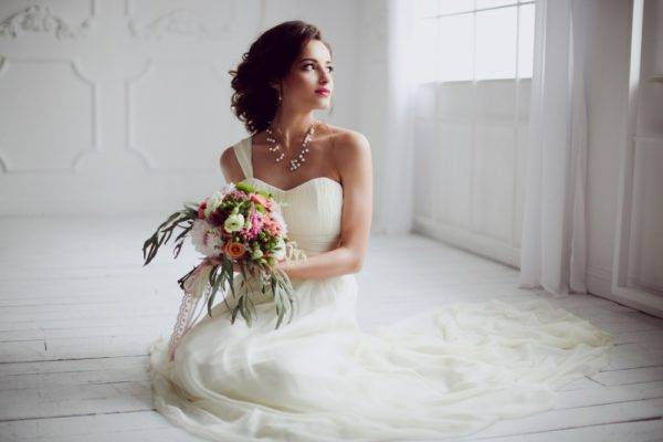 Свадебные прически: пошаговые мастер-классы с фото