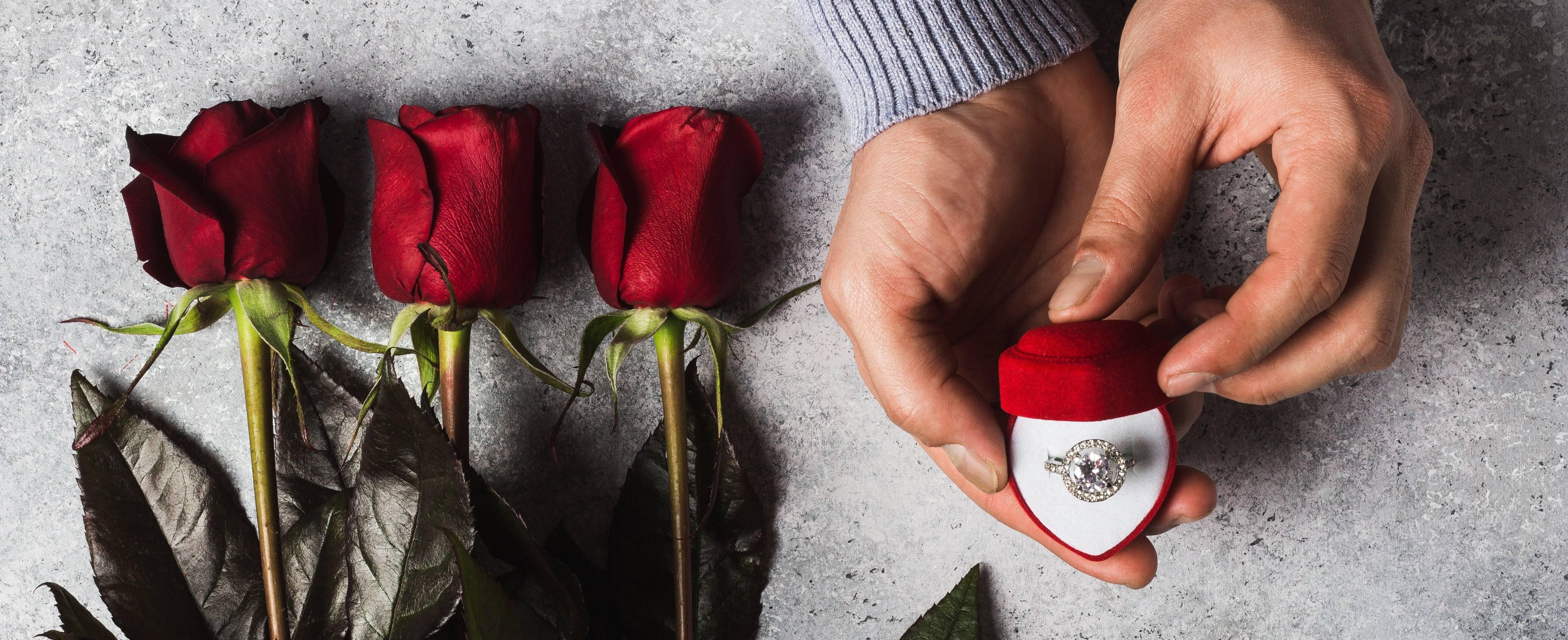 Как сделать предложение руки и сердца девушке: 10 самых креативных идей и 20 лучших способов красиво и необычно позвать девушку замуж на все случаи жизни со сценариями и видео-примерами
