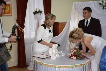Как выбрать дату свадьбы: в какие месяцы лучше выходить замуж?