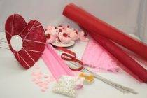 Букеты из конфет своими руками: видео инструкция по изготовлению сладких букетов в домашних условиях