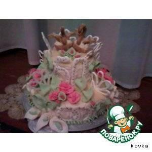Как украсить свадебный торт: лучшие идеи с фото