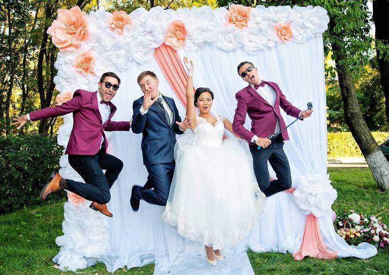 Как выбрать тамаду на свадьбу, чтобы получить незабываемый праздник?