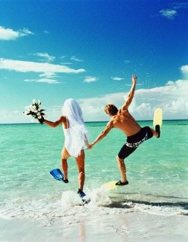 Хрустальная свадьба  что дарят на годовщину