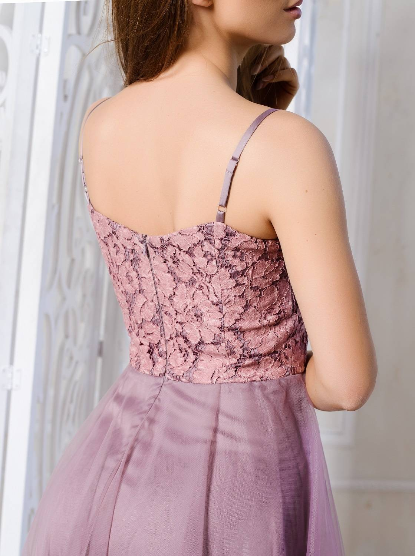 Платье из фатина – самые легкие и воздушные наряды на любой вкус