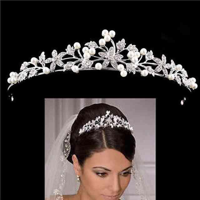 Диадема для невесты: идеи и советы