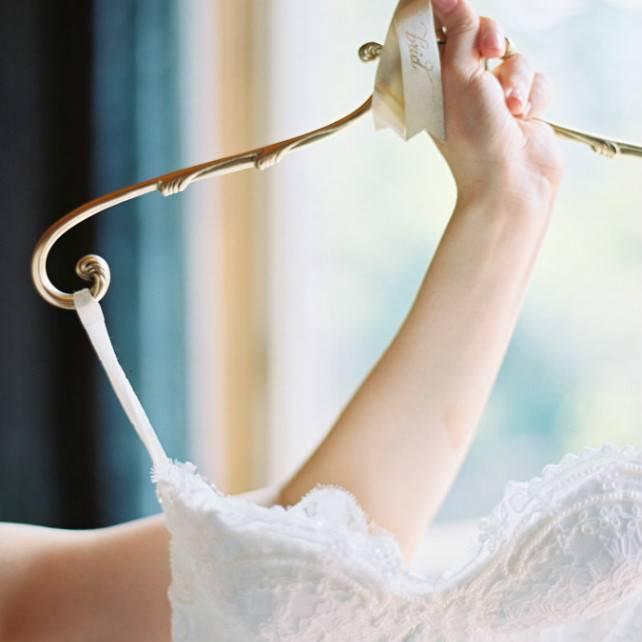 Как постирать, отпарить и погладить свадебное платье?