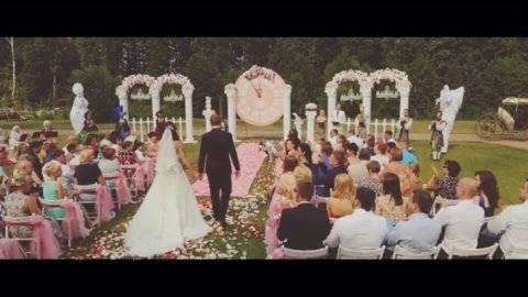 Как проводится обряд снятия фаты с невесты