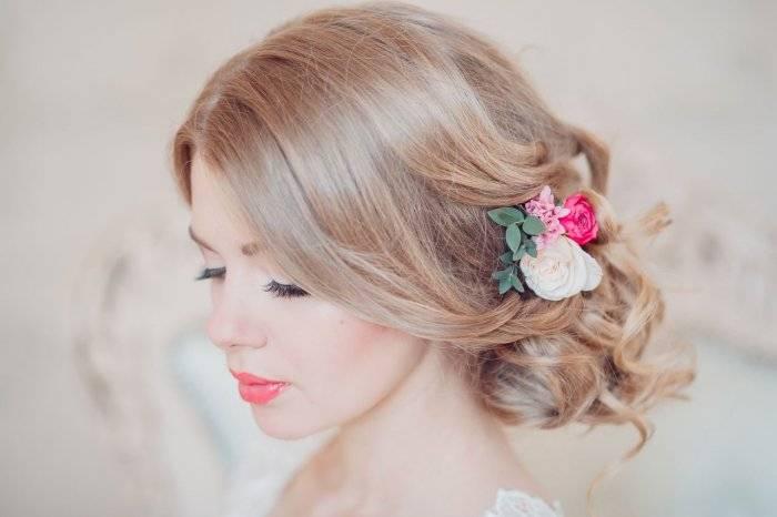 Свадебные прически в греческом стиле: локоны, каскады, узлы