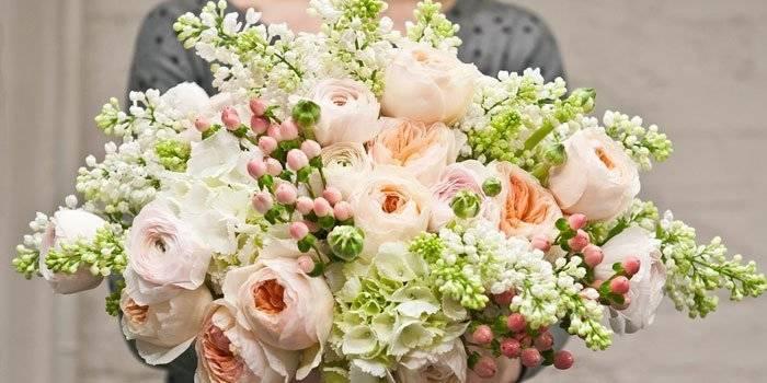 Что нельзя дарить на свадьбу молодоженам: приметы и суеверия
