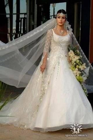 Восточный стиль – в одежде, платья, костюм, туники, штаны, топ, халат, свадебные, вечерние, головной убор
