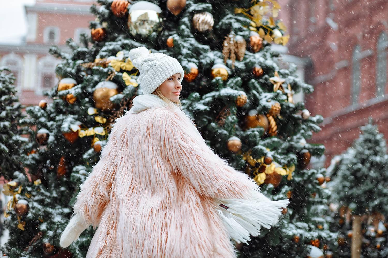 Зимняя семейная фотосессия – новогодняя, темы, в парке, family look, на снегу, в свитерах, пижамах, ночью, с ребенком