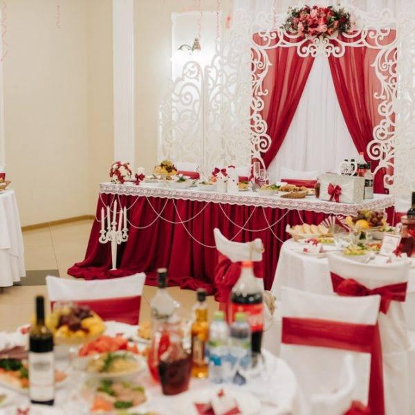 Украшение зала на свадьбу: интересные идеи декора