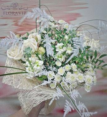 Какие цветы дарить на свадьбу молодоженам?