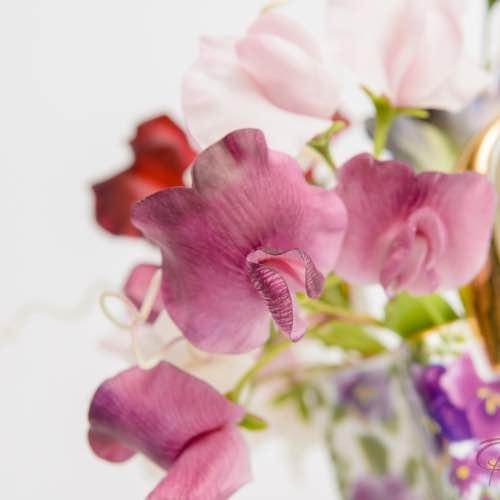 Как сделать красивые цветы из лент своими руками
