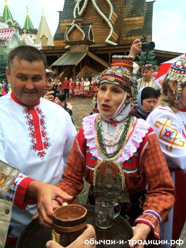 6 новых (и замечательных!) свадебных традиций
