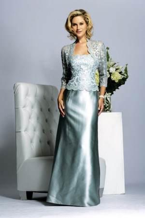 Платье на свадьбу для мамы: тренды, фасоны и этикет