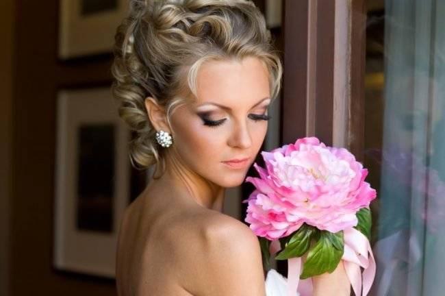 Свадебный макияж — 2019: идеи для блондинок и брюнеток
