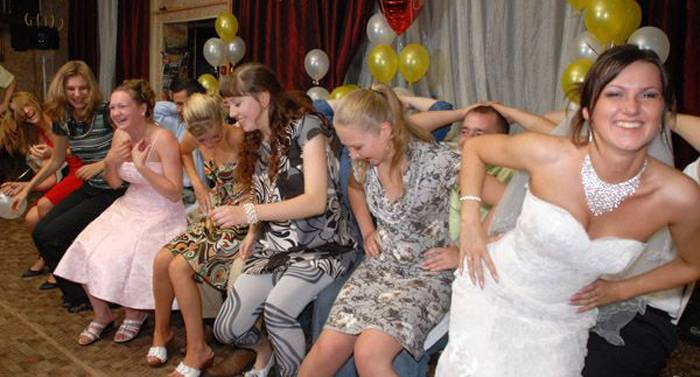 Самые смешные конкурсы на свадьбу