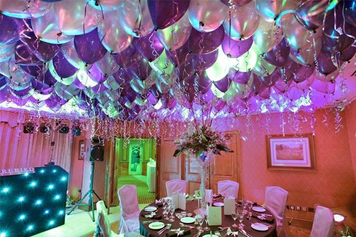 Украшение зала на свадьбу воздушными шарами (57 фото): оформление свадебного банкетного помещения своими руками
