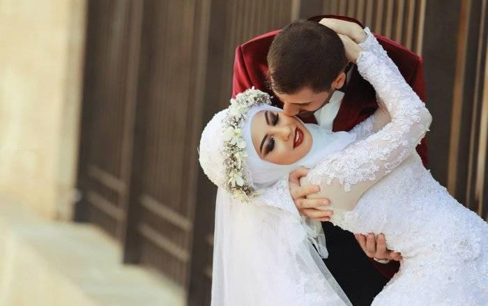 Таинства первой брачной ночи: подготовка, традиции и приметы