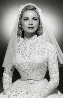 Как выбрать цвет свадебного платья?