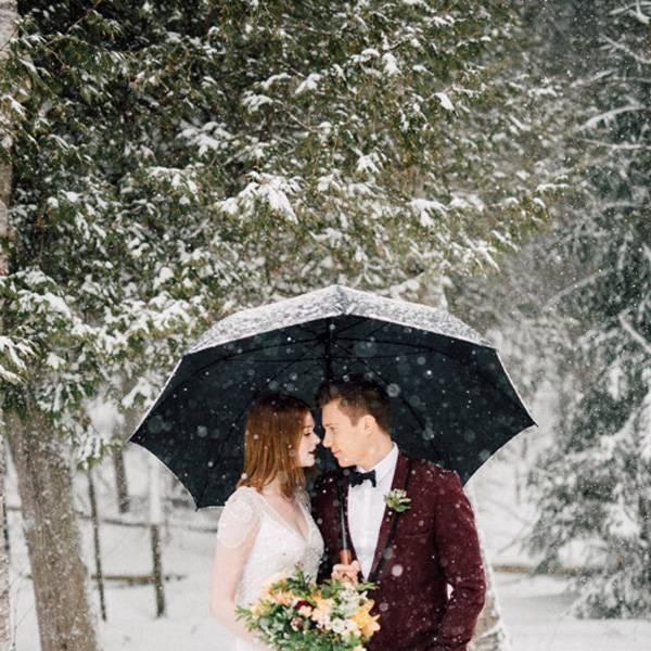 Как оригинально оформить фотозону на свадьбу своими руками