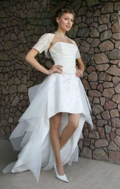 Белое свадебное платье 2020 (111 фото): черно-белое, новинки, пышные, белое с красным, короткие, нижнее белье