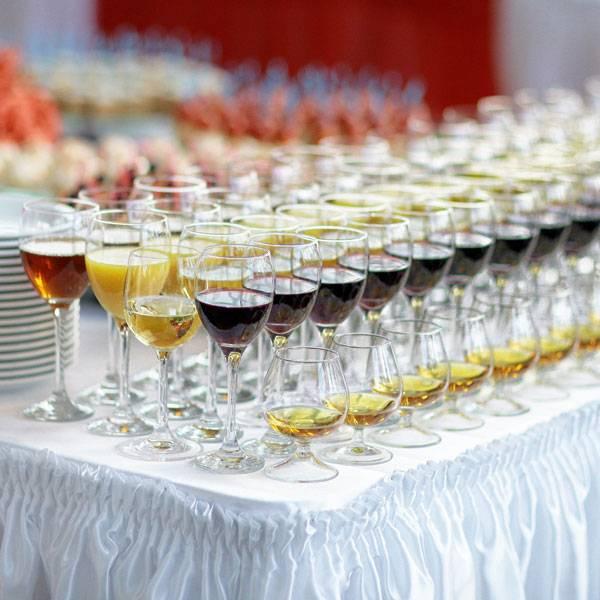 Напитки на свадьбу: алкогольные и безалкогольные
