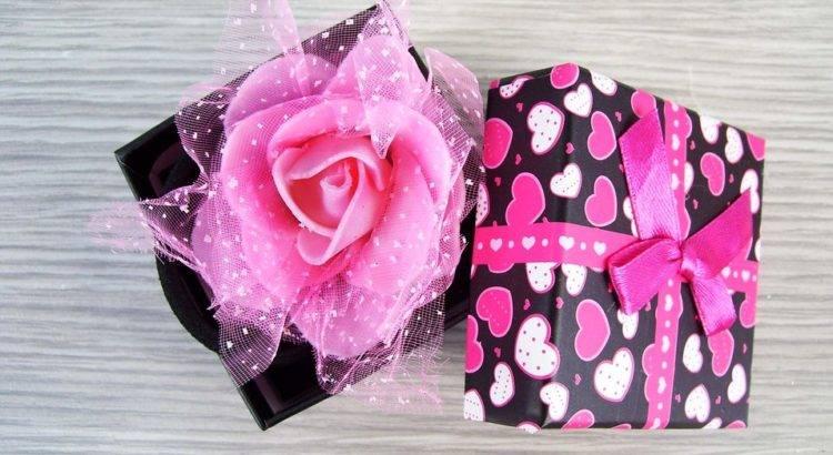 Сюрприз на девичник  как придумать оригинальный подарок