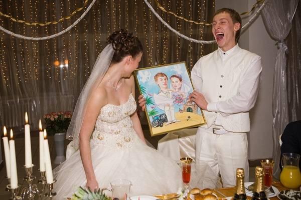 Что дарят на венчание молодым согласно традициям?
