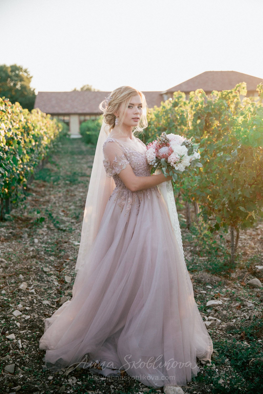 Свадебные платья ручной работы