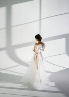 Свадебные платья с длинным рукавом: фото и советы