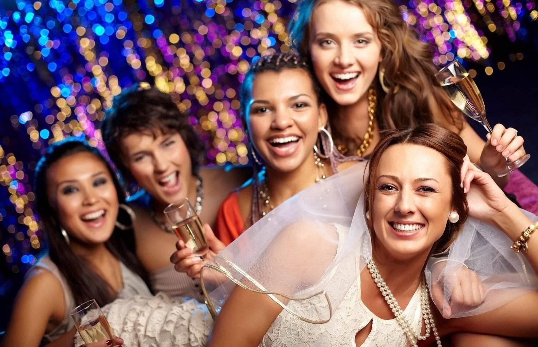 Как устроить веселый девичник: советы невестам и подругам