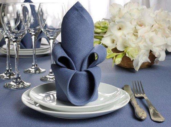 Украшение свадебного стола жениха и невесты - фото. оформление стола молодоженов
